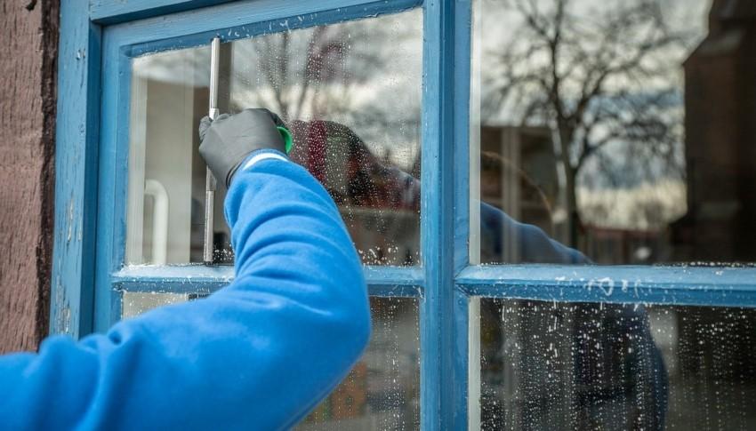 Der Fensterabzieher im Einsatz