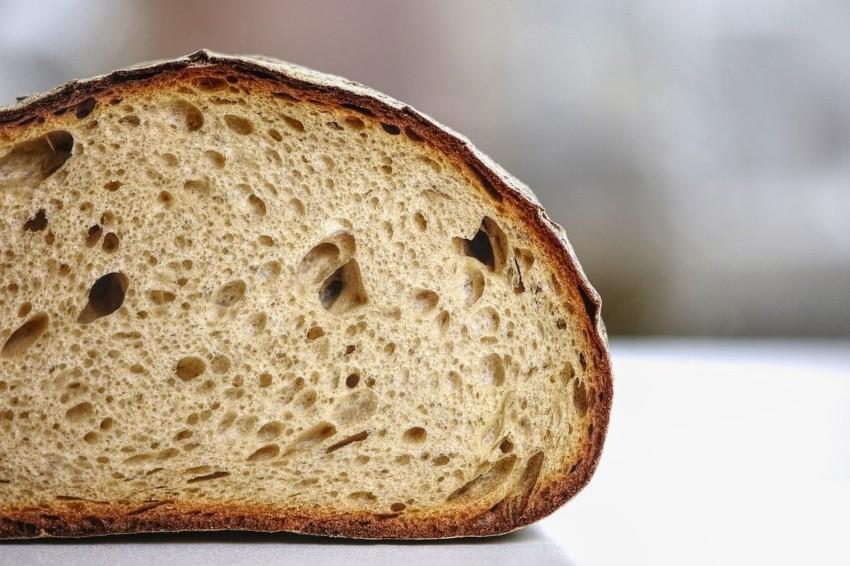 Mischbrot aus einem Brotbackautomaten