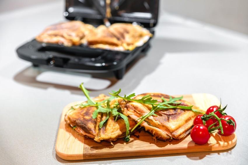 Der Test von einem Sandwichmaker
