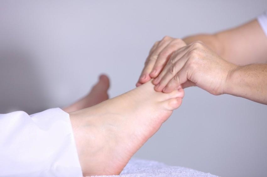 Das Fußmassagegerät mit Shiatsu Massage