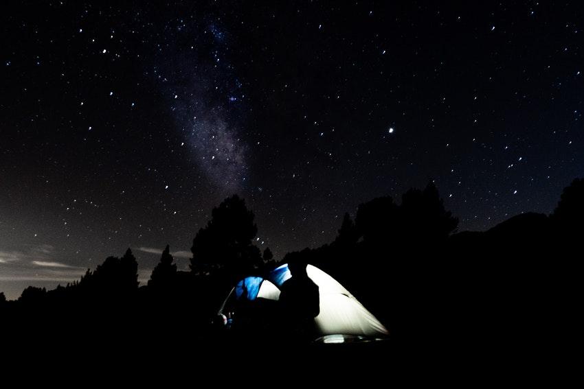 Der Test einer Campingtoilette