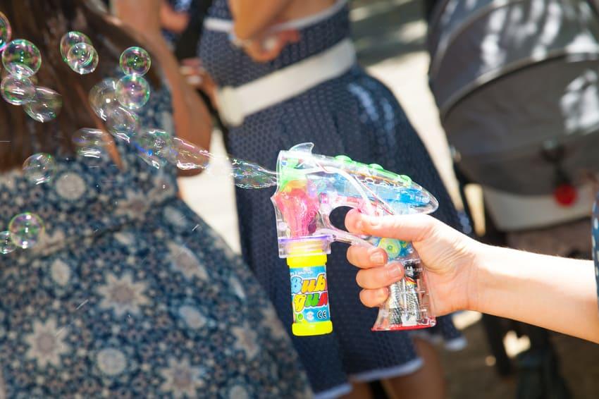 Eine Seifenblasenpistole für die Hochzeit