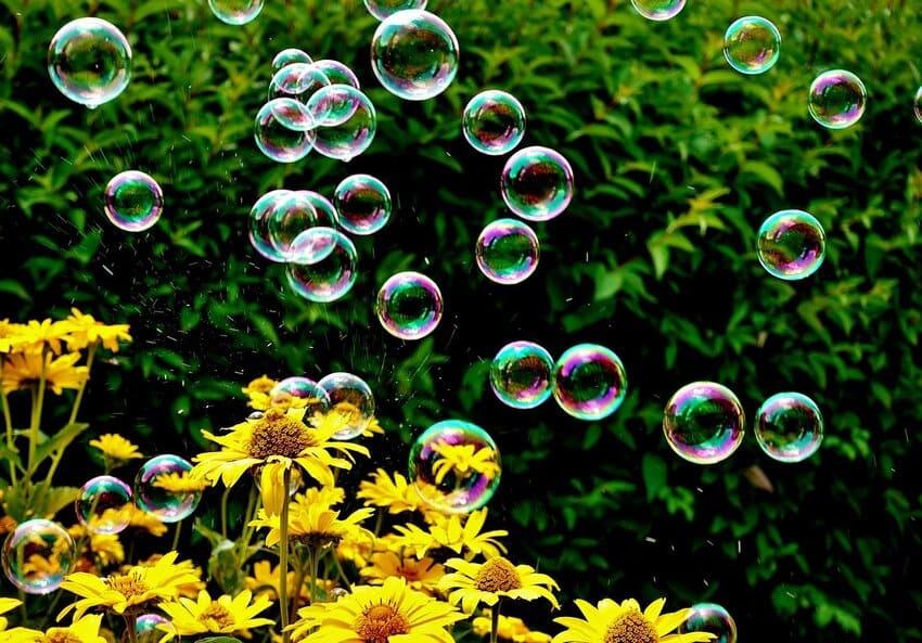 Die Seifenblasenpistole mit Licht und Musik