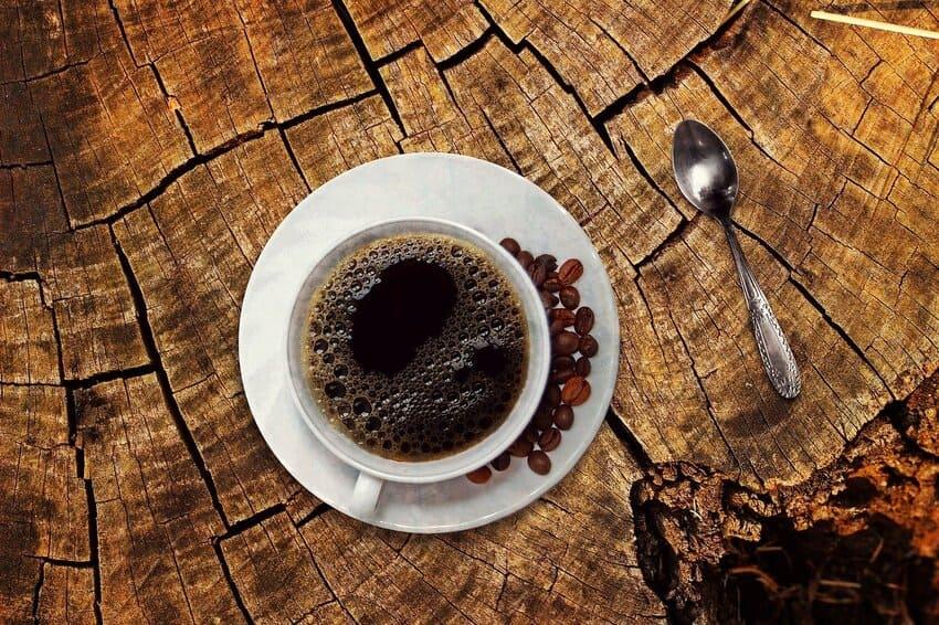 Die Kombi Kaffeemaschine mit einem Mahlwerk
